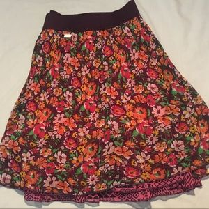 Super cute xl aero purple floral stretchy skirt